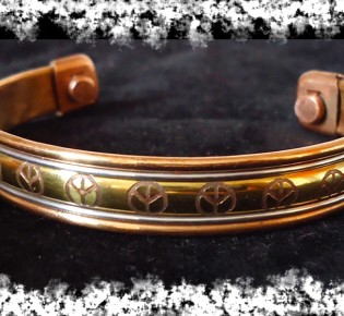 Медный браслет — польза и вред если носить на руке