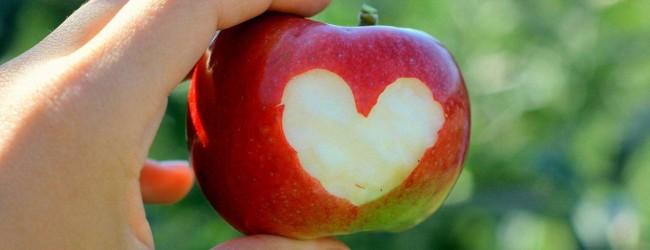 Как выполнить заговор на тоску на яблоко