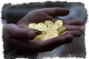 Заговор на деньги в субботу на сдачу и подарки