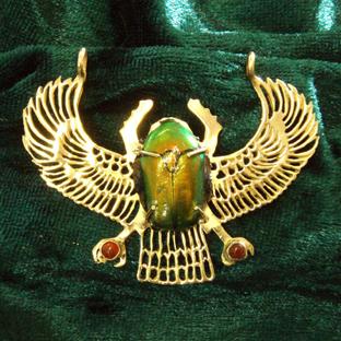Жук скарабей — значение талисмана в Египте